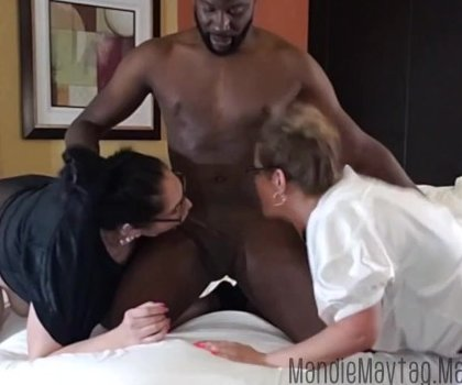 Big Dicked Texan Brings The Meat To A Thick Girl Threesome Feat Luscious_Lilli